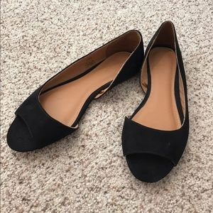 Open toed flats